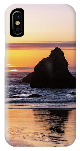 Bandon Glows IPhone Case