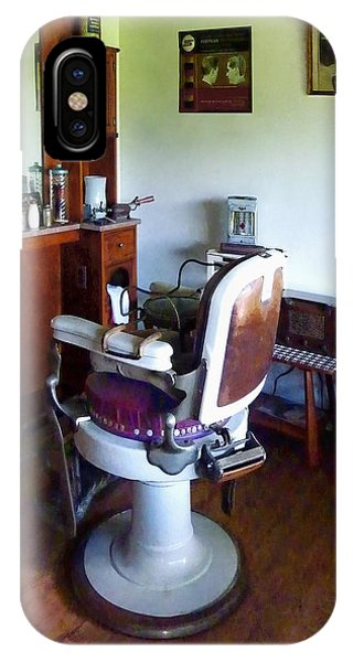Barber - Old-fashioned Barber Chair IPhone Case
