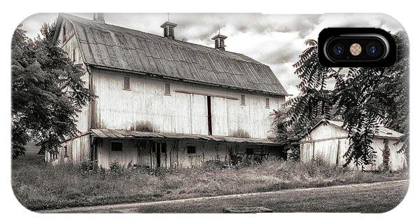 Americana iPhone Case - Barn In Black And White by Tom Mc Nemar