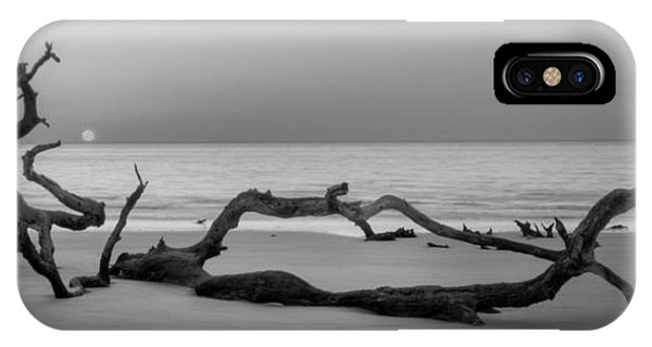 Beach Art Cropped In Black An White IPhone Case