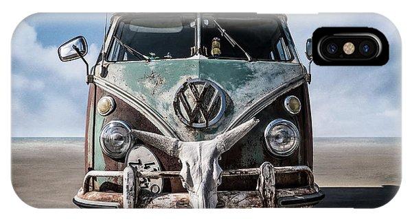 Vw iPhone Case - Beach Bum by Douglas Pittman