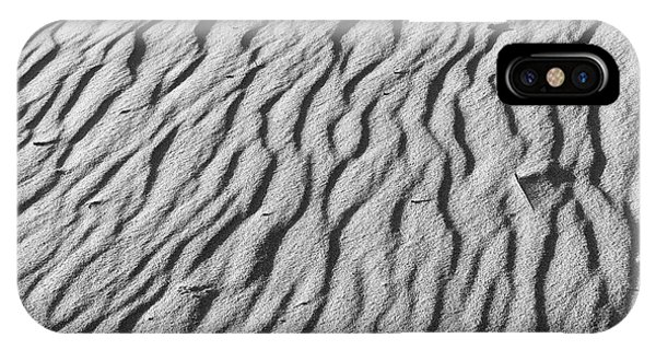 Beach Sand Mantle In Monochrome IPhone Case