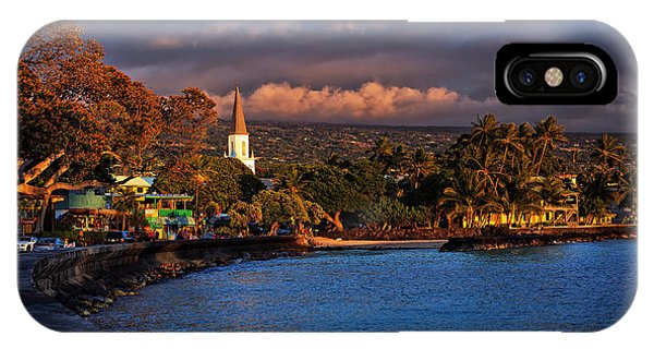 Beach Town Of Kailua-kona On The Big Island Of Hawaii IPhone Case