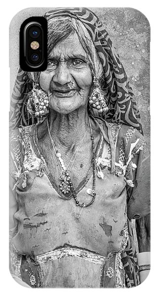 Beauty Before Age. IPhone Case