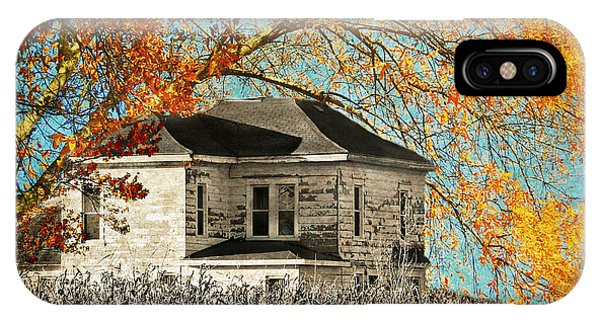 Beauty Surrounds Deserted Home IPhone Case