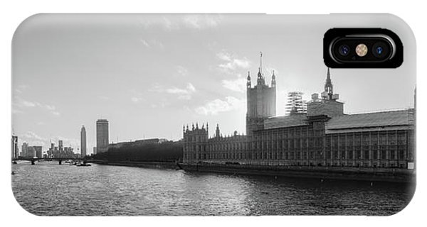 Black And White View Of Thames River And House Of Parlament From IPhone Case