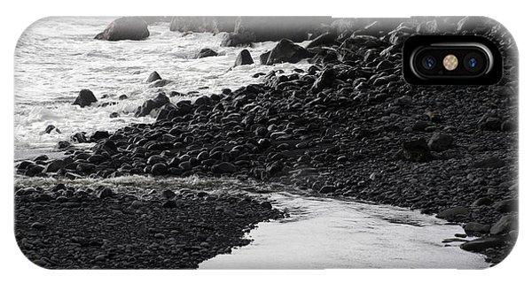 Black Lava Beach, Maui IPhone Case