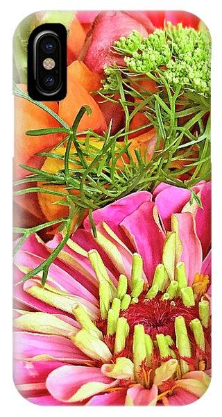 Bouquet Parfait IPhone Case