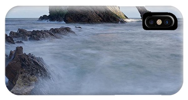 Bow Fiddle Rock IPhone Case