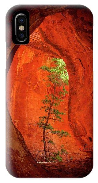 Boynton iPhone Case - Boynton Canyon 04-343 by Scott McAllister