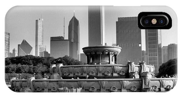 Buckingham Fountain - 2 IPhone Case