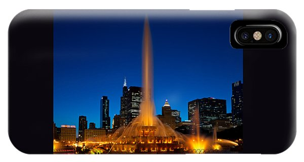 Buckingham Fountain Nightlight Chicago IPhone Case