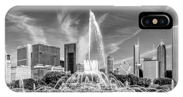 Buckingham Fountain Skyline Panorama Black And White IPhone Case