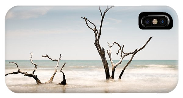 Bull iPhone Case - Bulls Island C-v by Ivo Kerssemakers