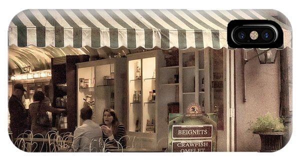 Cafe Beignet 2 IPhone Case