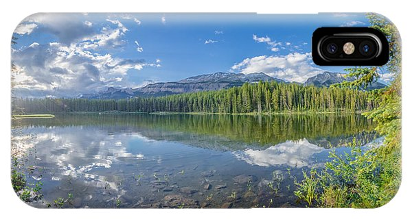 Canadian Beauty 5 IPhone Case