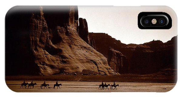 Canyon De Chelly 2c Navajo IPhone Case