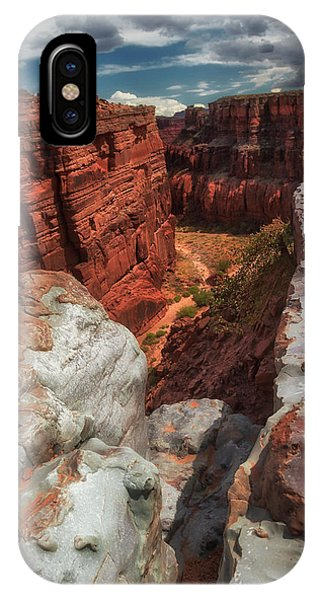 Canyon Lands Quartz Falls Overlook IPhone Case