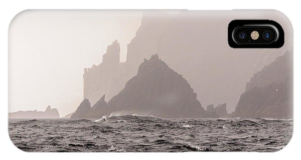 Cape Raoul IPhone Case