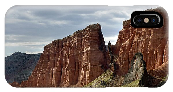 Capital Reef-cathedral Valley 9 IPhone Case