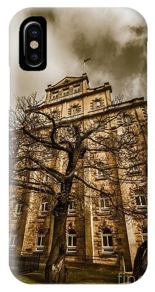 Exterior iPhone Case - Cascade Brewery by Jorgo Photography - Wall Art Gallery