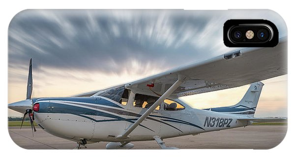 Cessna 182 On The Ramp IPhone Case