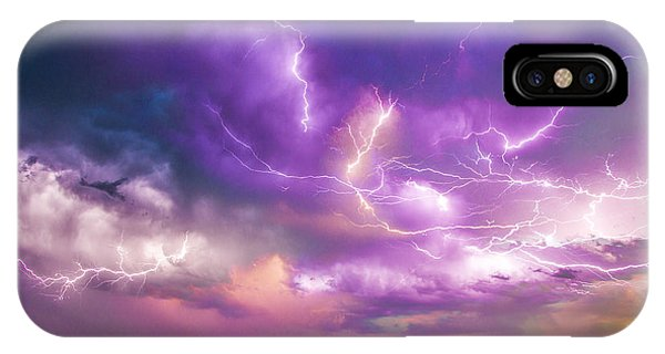 Chasing Nebraska Lightning 056 IPhone Case