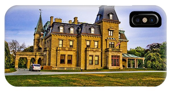 Chateau-sur-mer IPhone Case