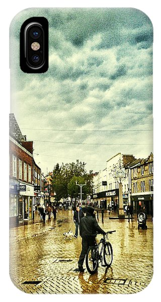 City Scape iPhone Case - Chelmsford High St by Andrew David Photography