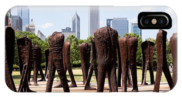 Chicago Agora Headless Statues IPhone Case