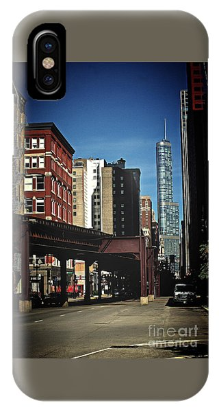 Chicago L Between The Walls IPhone Case