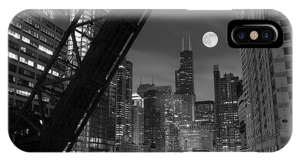 Bull iPhone Case - Chicago Pride Of Illinois by Frozen in Time Fine Art Photography