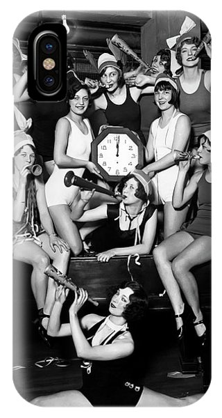 Midnite iPhone Case - Chicago Prohibition New Years 1927 by Daniel Hagerman