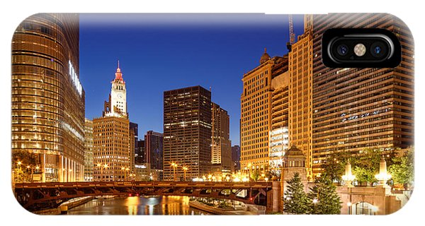 Chicago River Trump Tower And Wrigley Building At Dawn - Chicago Illinois IPhone Case