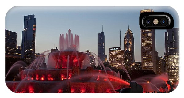 Chicago Skyline And Buckingham Fountain IPhone Case
