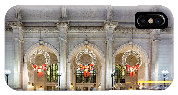 Christmastime At Union Station Phone Case by Robert Davis