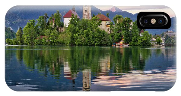Church Of The Assumption. IPhone Case