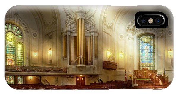 Naval Academy iPhone Case - City - Naval Academy - The Chapel by Mike Savad