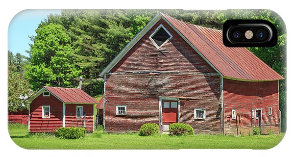 New England Barn iPhone Case - Classic Old Red Barn In Vermont by Edward Fielding