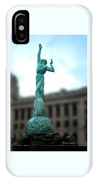 Cleveland War Memorial Fountain IPhone Case