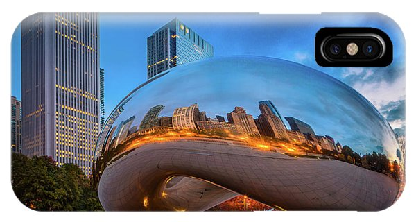 Chicago Skyline Art iPhone Case - Cloud Gate 5 by Inge Johnsson