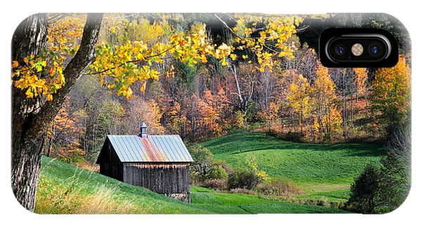 Cloudland Rustic Barn - Pomfret Vermont IPhone Case