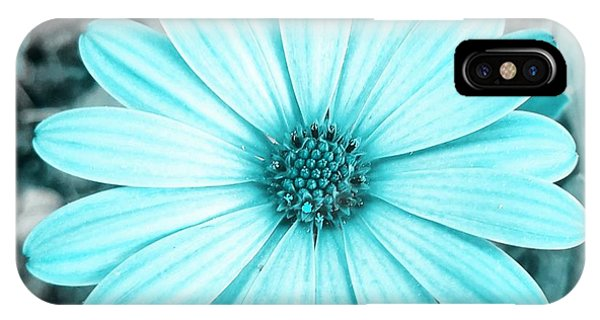 Color Trend Blue Blossom IPhone Case