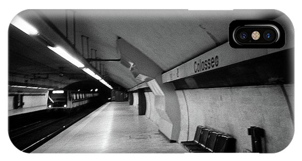Colosseo Station IPhone Case
