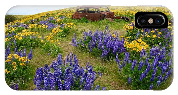 Columbia Hills Wildflowers IPhone Case