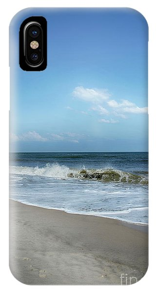 IPhone Case featuring the photograph Crashing Waves by Judy Hall-Folde