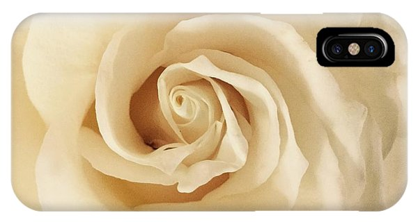 Creamy Rose IPhone Case