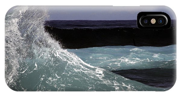 Crest, North Beach, Oahu IPhone Case