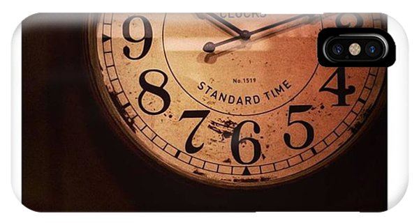 Steampunk iPhone Case - Día 4: Reloj. #project365 by Joel Garcia