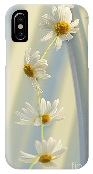 Daisy Chain IPhone Case